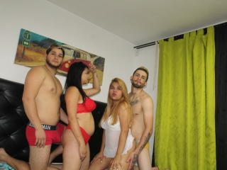 Webcam model KaraYMelyAndTwoBoys from XLoveCam