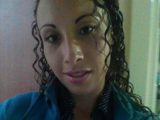 Webcam model Kariine from XLoveCam