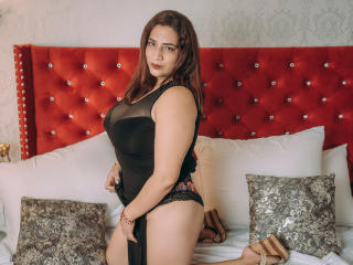 Webcam model KarinaMuller from XLoveCam