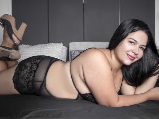 Webcam model KarinaOlsen from XLoveCam