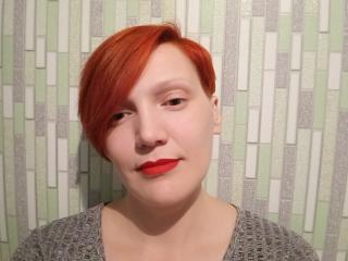 Webcam model KateWisak from XLoveCam
