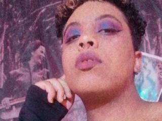 Webcam model KathyBrown from XLoveCam