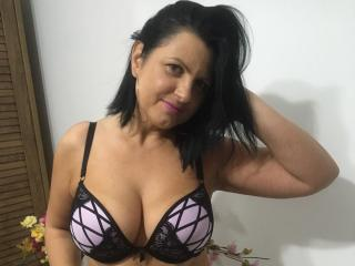 Webcam model KendraSecrets from XLoveCam