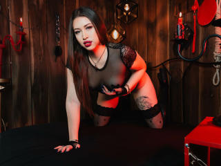 Webcam model KimSublime from XLoveCam
