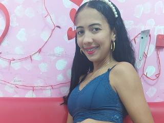 Webcam model Laflakasexycol from XLoveCam