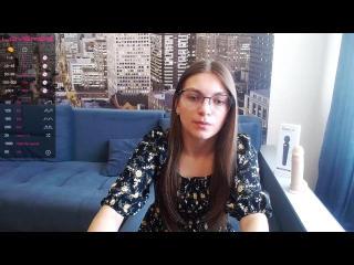 Webcam model LauraWiless from XLoveCam