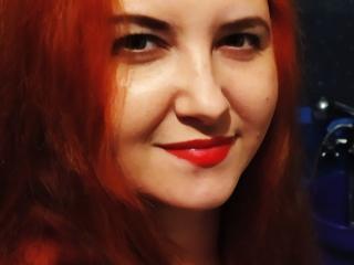 Webcam model LeilaHotLove from XLoveCam