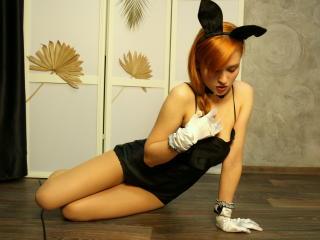 Leta naughty striptease