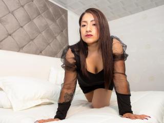 Webcam model LindaBrooks from XLoveCam