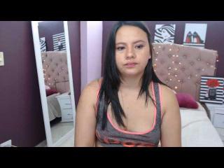 Webcam model LollyDollX from XLoveCam
