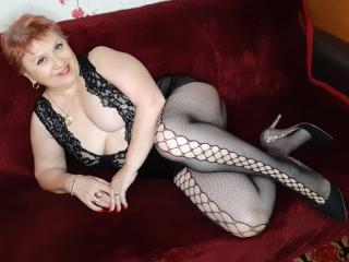 Webcam model LynetteForYou from XLoveCam