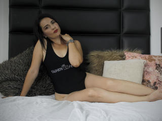 MadameRochy live striptease