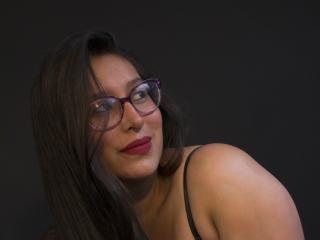 Webcam model MarilynBoobss from XLoveCam