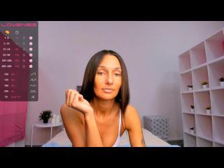 Webcam model MarryCandie from XLoveCam