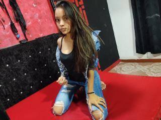 Webcam model Marusia from XLoveCam
