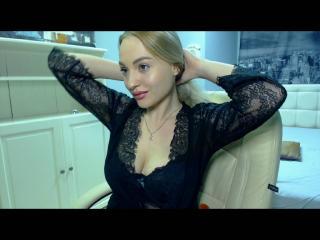 Webcam model MaryFaith from XLoveCam
