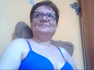 Webcam model MatureShowForU from XLoveCam