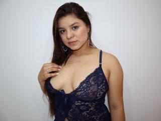 Webcam model MegannTaylor from XLoveCam