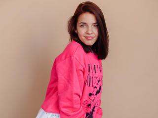 Webcam model Melaniejacobss from XLoveCam