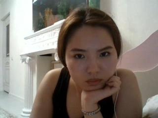 Webcam model MicheleWilss from XLoveCam