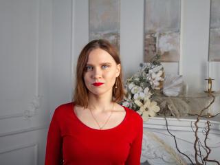 Webcam model MichelleGross from XLoveCam