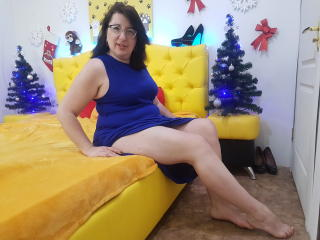 Webcam model MimiCook from XLoveCam
