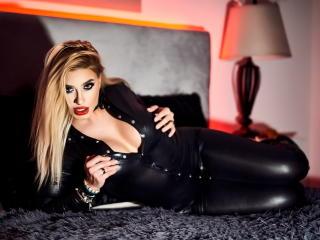 Webcam model NadiaJoy from XLoveCam
