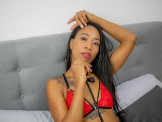 Webcam model NancyThomas from XLoveCam