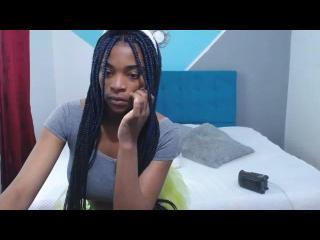 Webcam model NaomiiX from XLoveCam
