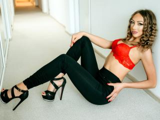 Webcam model NatalyeRosy from XLoveCam