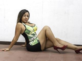 Webcam model NaughtyXAss from XLoveCam