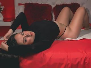 Webcam model NinaGons from XLoveCam