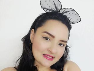 Webcam model NinaJhonss from XLoveCam