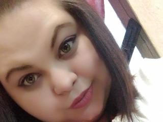 Webcam model PatriciaWiles from XLoveCam