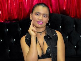 Webcam model PaulaJhonson from XLoveCam
