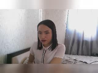 Webcam model PenelopeLaV from XLoveCam