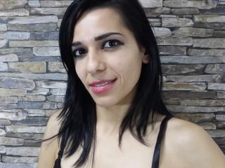 Webcam model PlayfulShow from XLoveCam