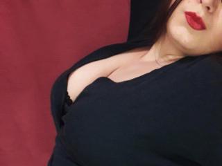 Webcam model RachelSamuels from XLoveCam