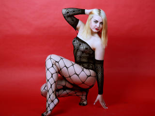 Webcam model ReginaSex from XLoveCam