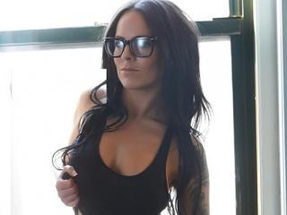 Webcam model ReginaWiles from XLoveCam