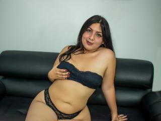 Webcam model ScarlettBrook from XLoveCam