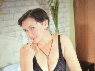 Webcam model SmileBelle from XLoveCam