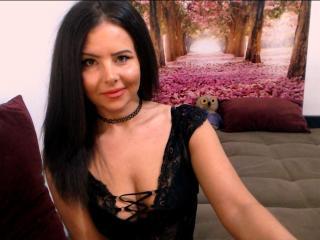 Webcam model SofiaLiub from XLoveCam