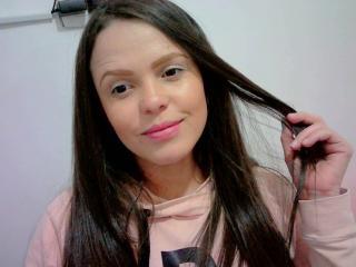 Webcam model SofieBella from XLoveCam