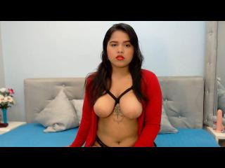 Webcam model Sopphy69 from XLoveCam
