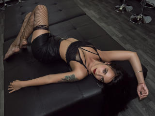 Webcam model StefannyAcker from XLoveCam
