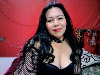 Webcam model SubmissiveAny from XLoveCam