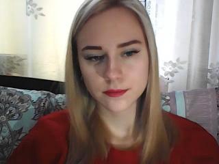 Webcam model SunshineHottie from XLoveCam