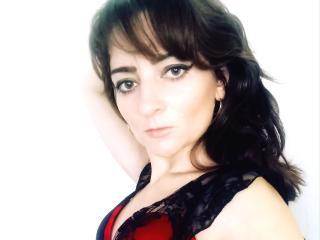 Webcam model SusanGrac from XLoveCam