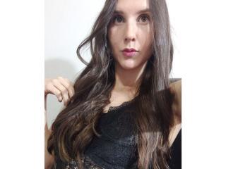 Webcam model SwetNyna from XLoveCam